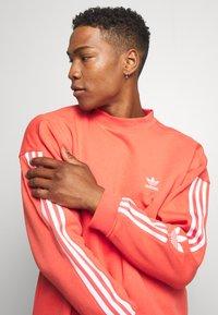 adidas Originals - ADICOLOR TECH PULLOVER - Sweatshirt - trasca - 3