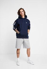 adidas Originals - ADICOLOR TECH HOODIE - Huppari - collegiate navy - 1