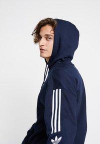 adidas Originals - ADICOLOR TECH HOODIE - Huppari - collegiate navy - 3