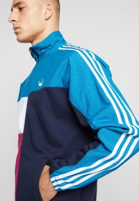 adidas Originals - FULL ZIP - Chaqueta de entrenamiento - active teal/berry - 6