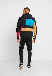 adidas Originals - BLOCK HOODY - Sweat à capuche - berry/active teal - 2