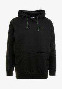 adidas Originals - WINTERIZED HOODIE - Mikina skapucí - black /dark green - 3