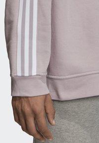 adidas Originals - TECH CREWNECK SWEATSHIRT - Sweater - purple - 5
