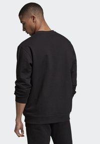 adidas Originals - BODEGA CAN SWEATSHIRT - Sweatshirt - black - 1