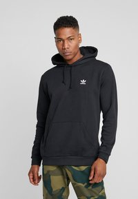 adidas Originals - ESSENTIAL HOODY - Sweat à capuche - black - 0