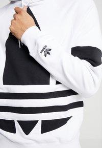 adidas Originals - ADICOLOR TREFOIL ORIGINALS HODDIE SWEAT - Felpa con cappuccio - white - 5