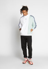 adidas Originals - LOCKER - Collegepaita - white