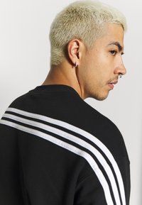 adidas Originals - SPORT COLLECTION LONG SLEEVE PULLOVER - Sudadera - black/white - 5