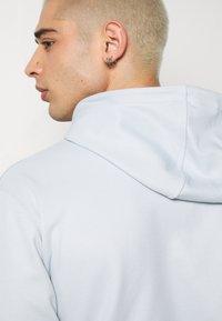 adidas Originals - OUTLINE HOODY - Mikina skapucí - grey - 3