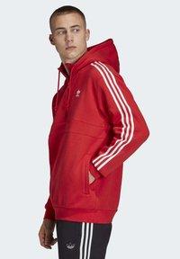adidas Originals - STRIPES HOODIE - Huppari - red - 2