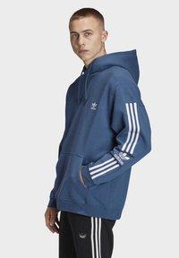 adidas Originals - HOODIE - Sweat à capuche - blue - 3