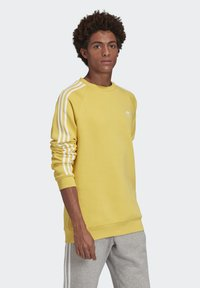 adidas Originals - 3-STRIPES CREWNECK SWEATSHIRT - Collegepaita - yellow - 3