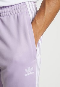 adidas Originals - Pantalon de survêtement - purple - 4
