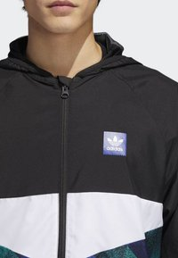 adidas Originals - Towning Packable Wind Jacket - Kevyt takki - black - 3