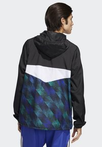 adidas Originals - Towning Packable Wind Jacket - Kevyt takki - black - 1