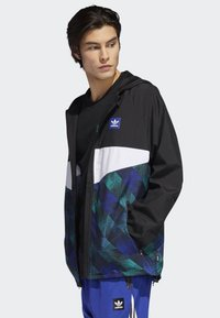 adidas Originals - Towning Packable Wind Jacket - Kevyt takki - black - 2