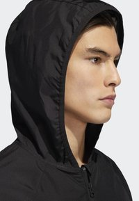adidas Originals - Towning Packable Wind Jacket - Kevyt takki - black - 5