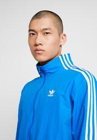adidas Originals - TRACKTOP - Giacca sportiva - bluebird - 3