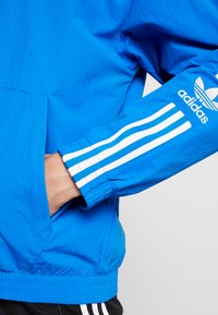 adidas Originals - TRACKTOP - Giacca sportiva - bluebird - 5