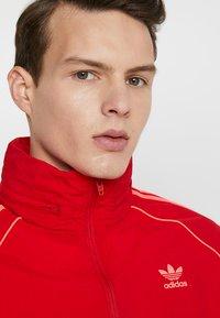adidas Originals - Giacca sportiva - red - 4