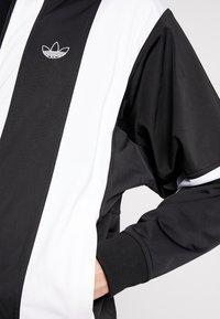 adidas Originals - BAILER - Chaqueta de entrenamiento - black/white - 5