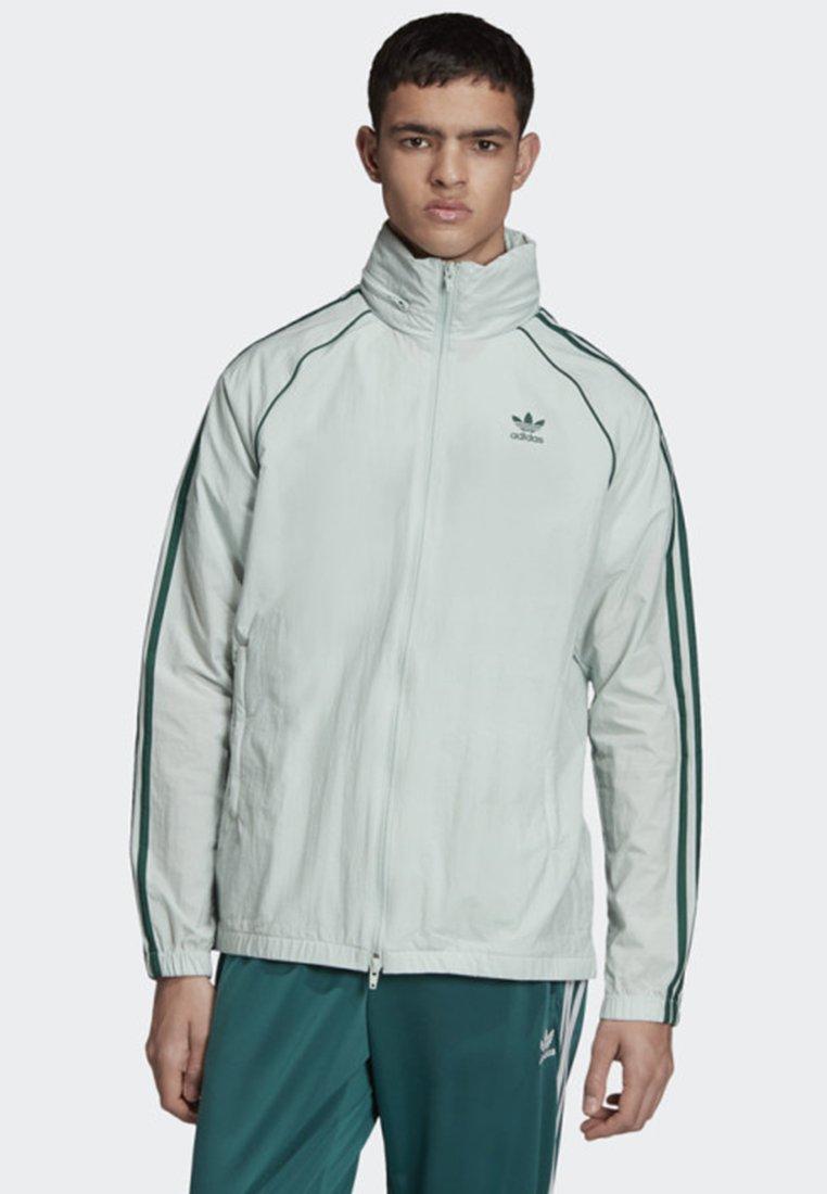adidas Originals - SST WINDBREAKER - Leichte Jacke - green