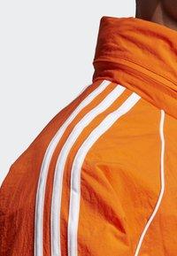 adidas Originals - SST WINDBREAKER - Giacca sportiva - orange - 5