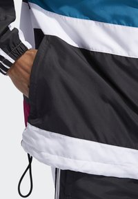 adidas Originals - Outdoor jacket - white - 4
