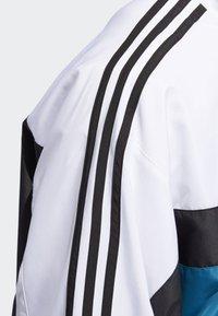adidas Originals - Outdoor jacket - white - 6