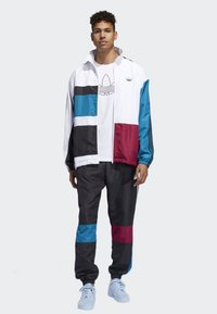 adidas Originals - Outdoor jacket - white - 1