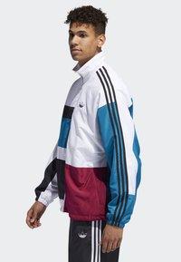 adidas Originals - Outdoor jacket - white - 3
