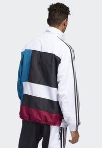 adidas Originals - Outdoor jacket - white - 2
