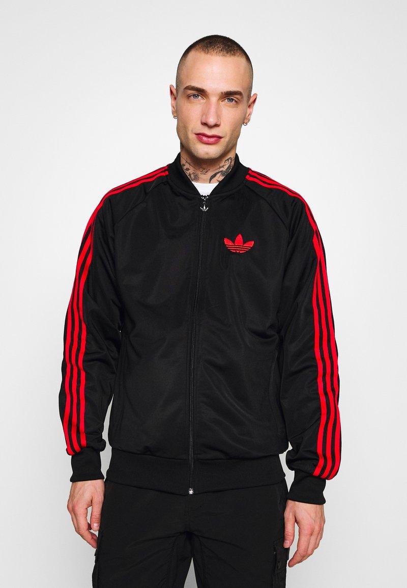 adidas Originals - SUPERSTAR SPORT INSPIRED TRACK TOP - Giacca sportiva - black/red