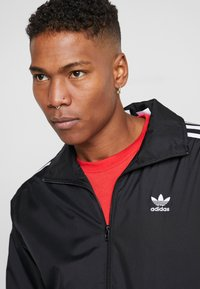 adidas Originals - LOCK UP ADICOLOR SPORT INSPIRED TRACK TOP - Trainingsjacke - black - 5