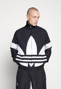 adidas Originals - TREFOIL - Kurtka wiosenna - black - 0