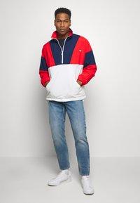 adidas Originals - SAMSTAG SPORT INSPIRED TRACKSUIT JACKET - Wiatrówka - red/white - 1