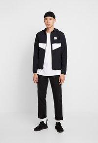 adidas Originals - DEKUM  - Větrovka - black/white - 1