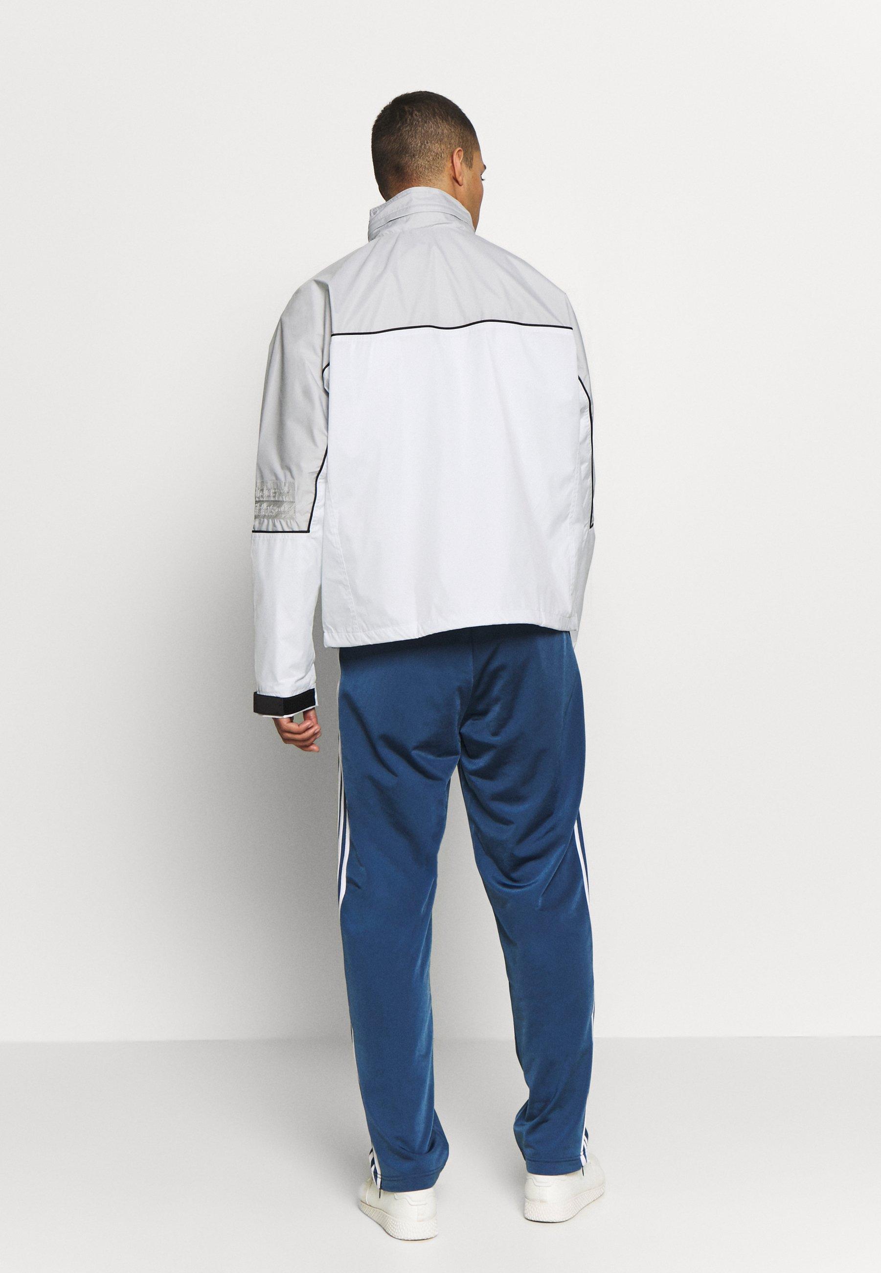 adidas Originals R.Y.V. SPORT INSPIRED TRACK TOP JACKET - Vindjacka - offwhite
