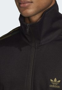 adidas Originals - CAMOUFLAGE TRACK TOP - Kurtka sportowa - black - 4
