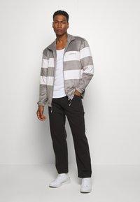 adidas Originals - PASTEL FULL ZIP - Giacca sportiva - orctin/dovgry - 1