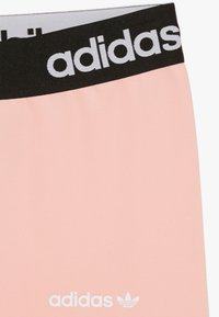 adidas Originals - Legginsy - glow pink/black/white - 2