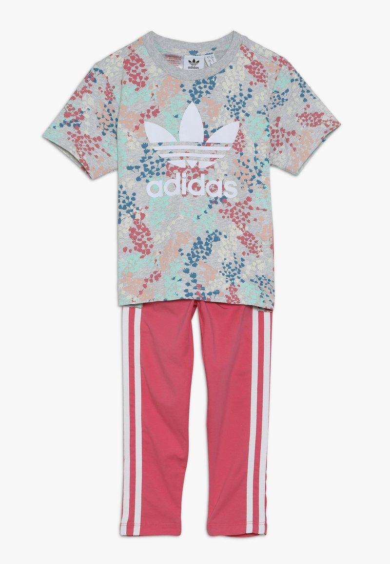 adidas Originals - TEE SET  - Legíny - multicolor/real pink
