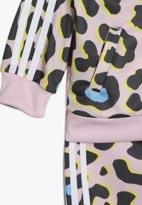 adidas Originals - Trainingsanzug - multcolor/pink/white - 3
