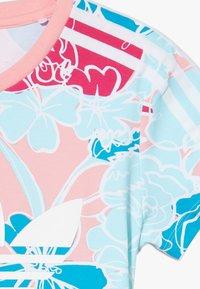 adidas Originals - DRESS - Robe en jersey - pink - 4