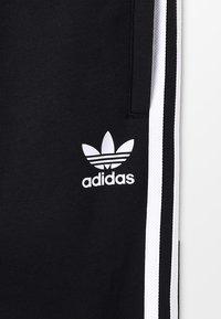 adidas Originals - TREFOIL PANTS - Verryttelyhousut - black/white - 5