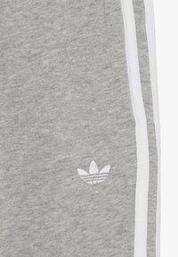 adidas Originals - OUTLINE JOGGERS - Trainingsbroek - grey - 4