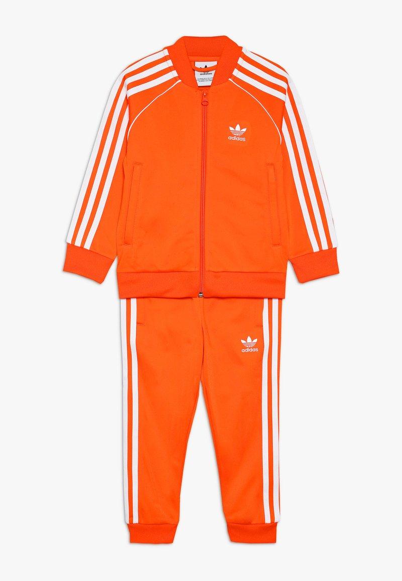 adidas Originals - SUPERSTAR SUIT - Sportovní bunda - orange