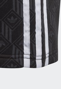 adidas Originals - Shorts - black - 2
