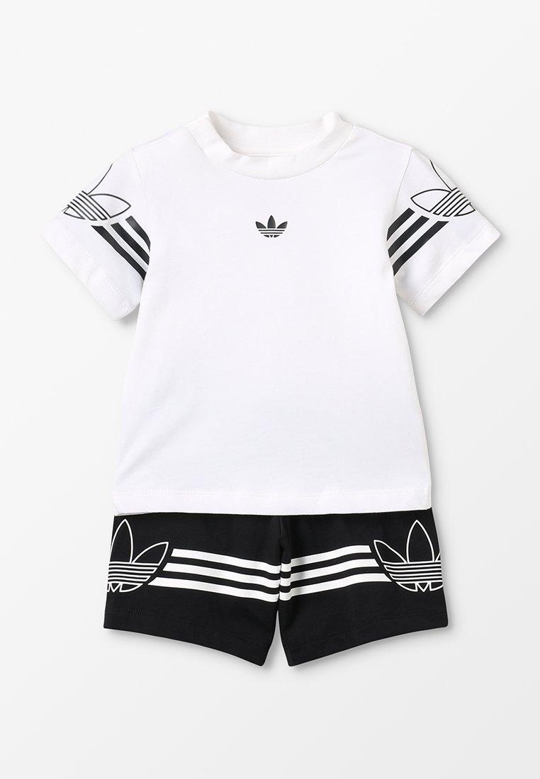 adidas Originals - OUTLINE TEE SET - Shorts - white/black