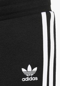 adidas Originals - TREFOIL HOODIE SET - Trainingsanzug - black/white - 3